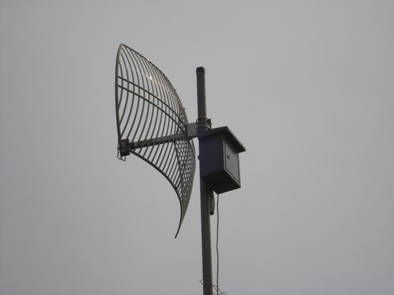 ANtene dan Radio Wireless untuk menangkap Internet di Udara