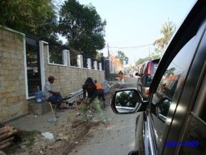 Rasanya pujian terhadap Pemerintah Daerah, Bina Marga tidak habis-habisnya kami lantunkan lantaran jalana kami akhirnya diperbaiki. Hidup Pemda Jabar